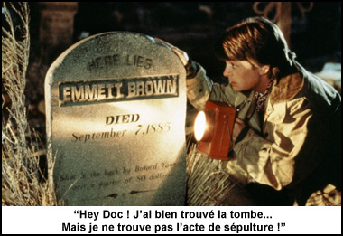 Marty McFly devant la tombe d'Emett Brown